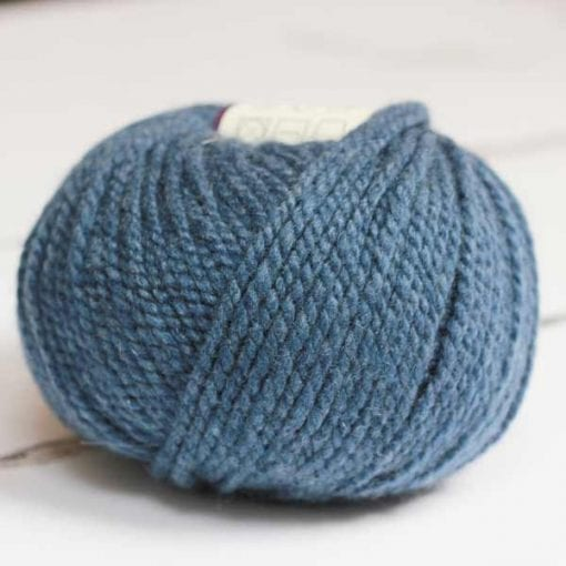 Altopiano Cobalt pure cashmere aran weight yarn