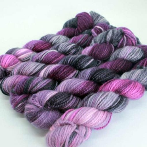 Altopiano Hand-Dyed pure cashmere yarn Raspberry Licorice