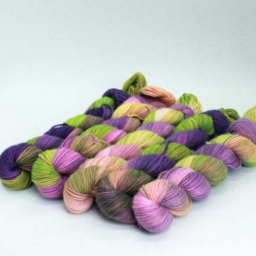 Leggero cashmere silk blended 4ply yarn Sugar Plum