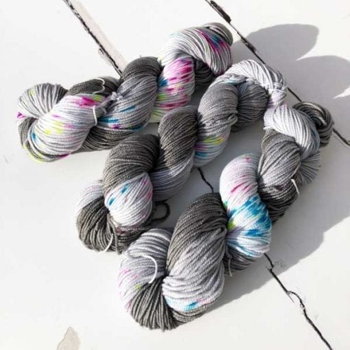Velluto 4ply - Let-There-Be-More-Light